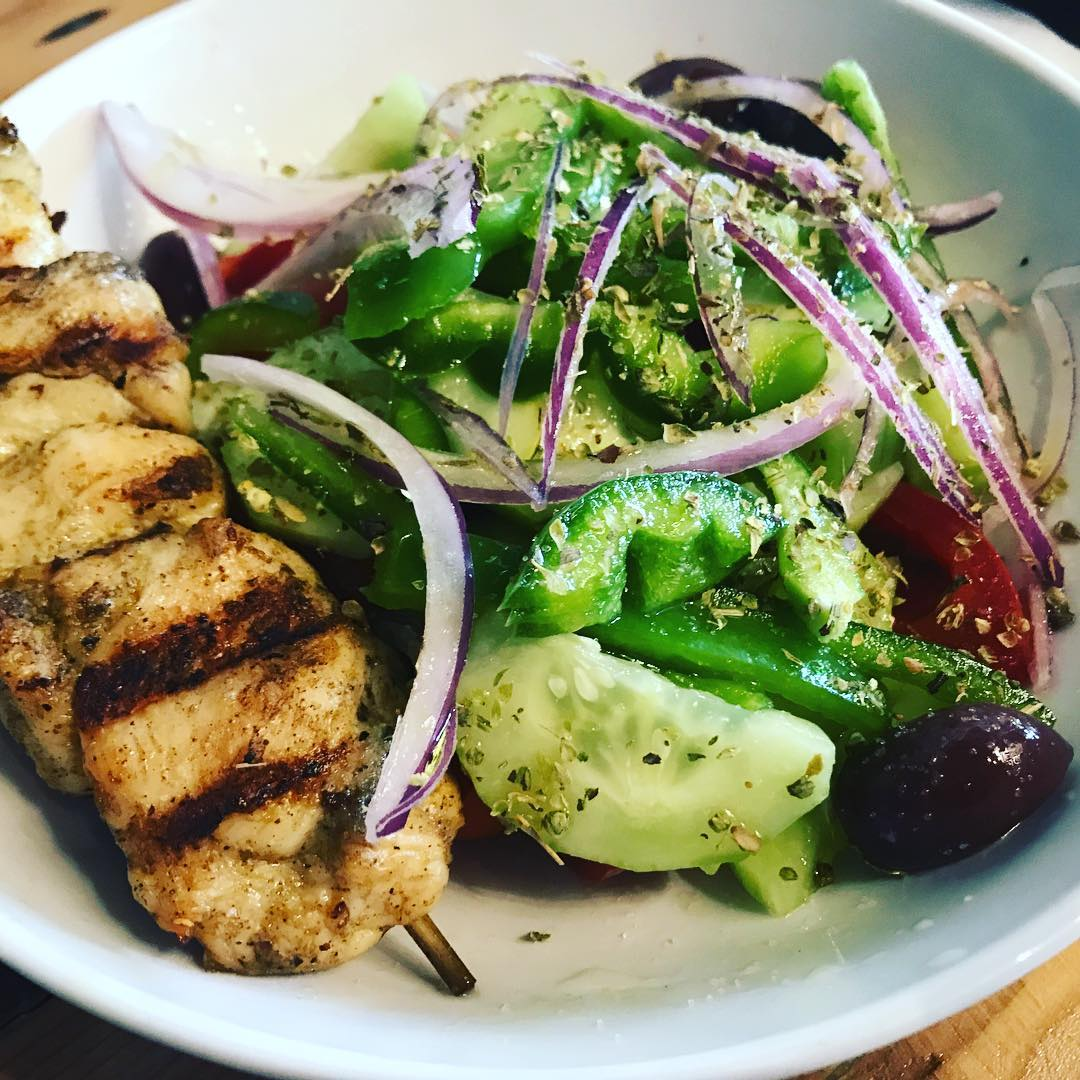 The @thenaughtygreek on University is open for lunch on Mondays! Fresh, yummy and cutest pink bathrooms and barn tables ! #stephaniesdish #weeklydish #greek #greeksalad #stpaulfoodie #stpaul