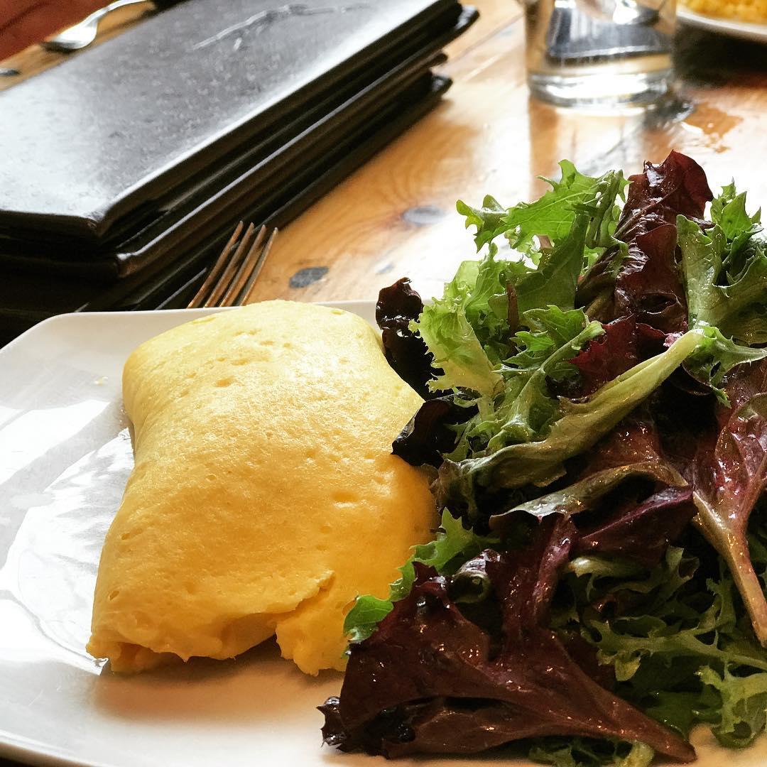 This beautiful fluffy omelette @thekenwoodrestaurant made daylights savings a little easier. It was the best omelette i have ever had.  There is no better way to start your week than with a tribe of gal pals. They get you like nobody else can. The tribe  cheers each other on. When the world doesnt recognize your talent or tries to hold you back – they push you forward. When you are in the dark, they light the way and they help you set a course. #lovemyladyfriends #galpals #galpalsforlife #mytribe #stephaniesdish #weeklydish