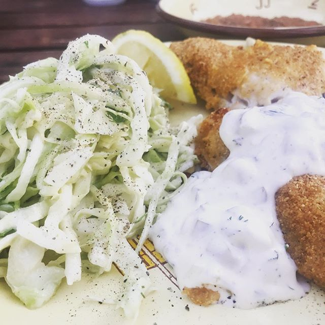 Fried walleye, homemade slaw with cabbage, lemon, mayo, herbs and homemade tarter sauce with pickles! #stephaniesdish #weeklydish #fishfry #walleye #memorialday #cabinmeal #burntsidelake #ely