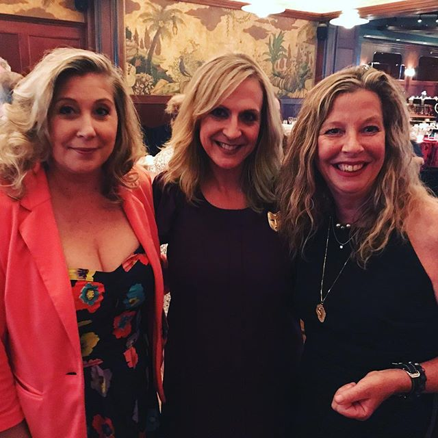#ladiesnight  @mytalk1071 @dawnatdark  And @donnasteveshow all here to celebrate the @twincitiesfilmfest gala and support @jasonmatheson and @missshannan Congratulations to @secondhandhounds Rachel Mairose Founder and Executive Director of Second Hand Hounds who has saved 16,000 pets.